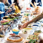 Contratar un catering para fiestas sorpresas