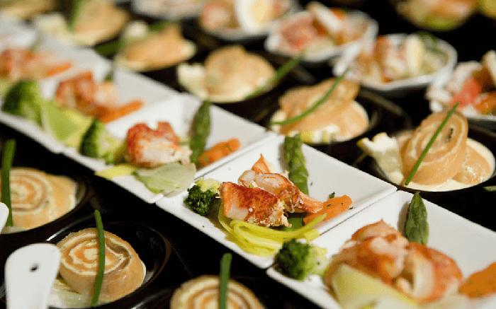 Selecciona un catering económico