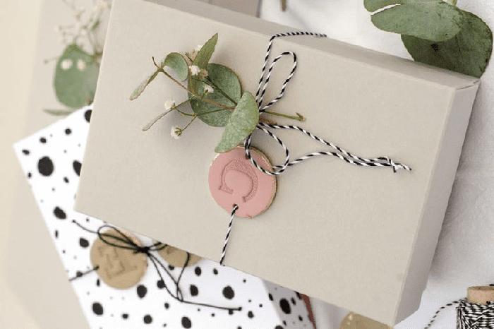 Ideas para envolver los regalos de tus invitados
