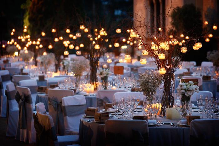 Azules y metalizados, los colores para las bodas